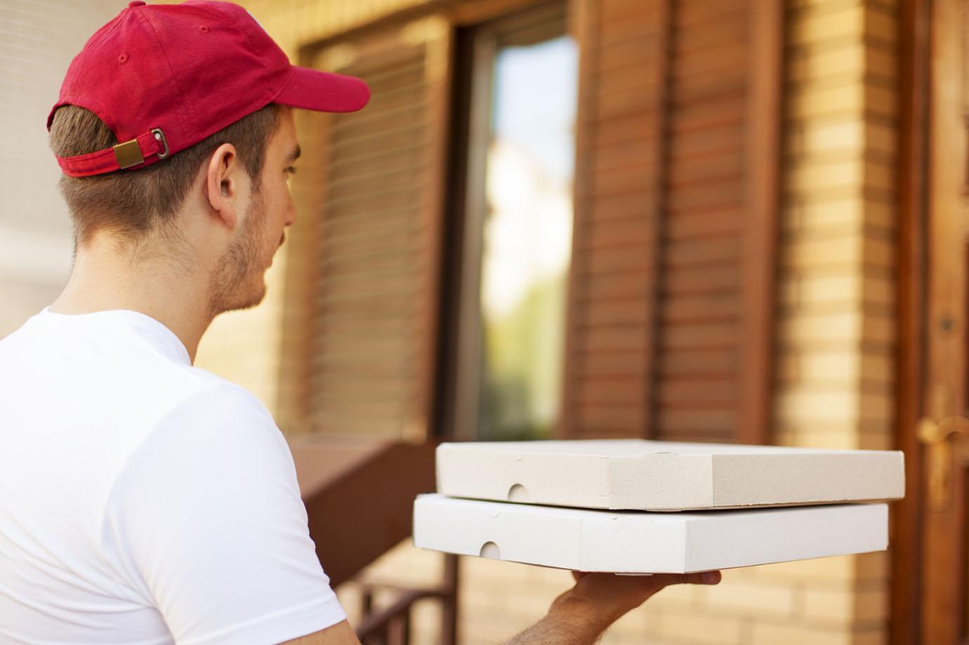 ico-destinonegocio-pizza-a-domicilio-istock-getty-images